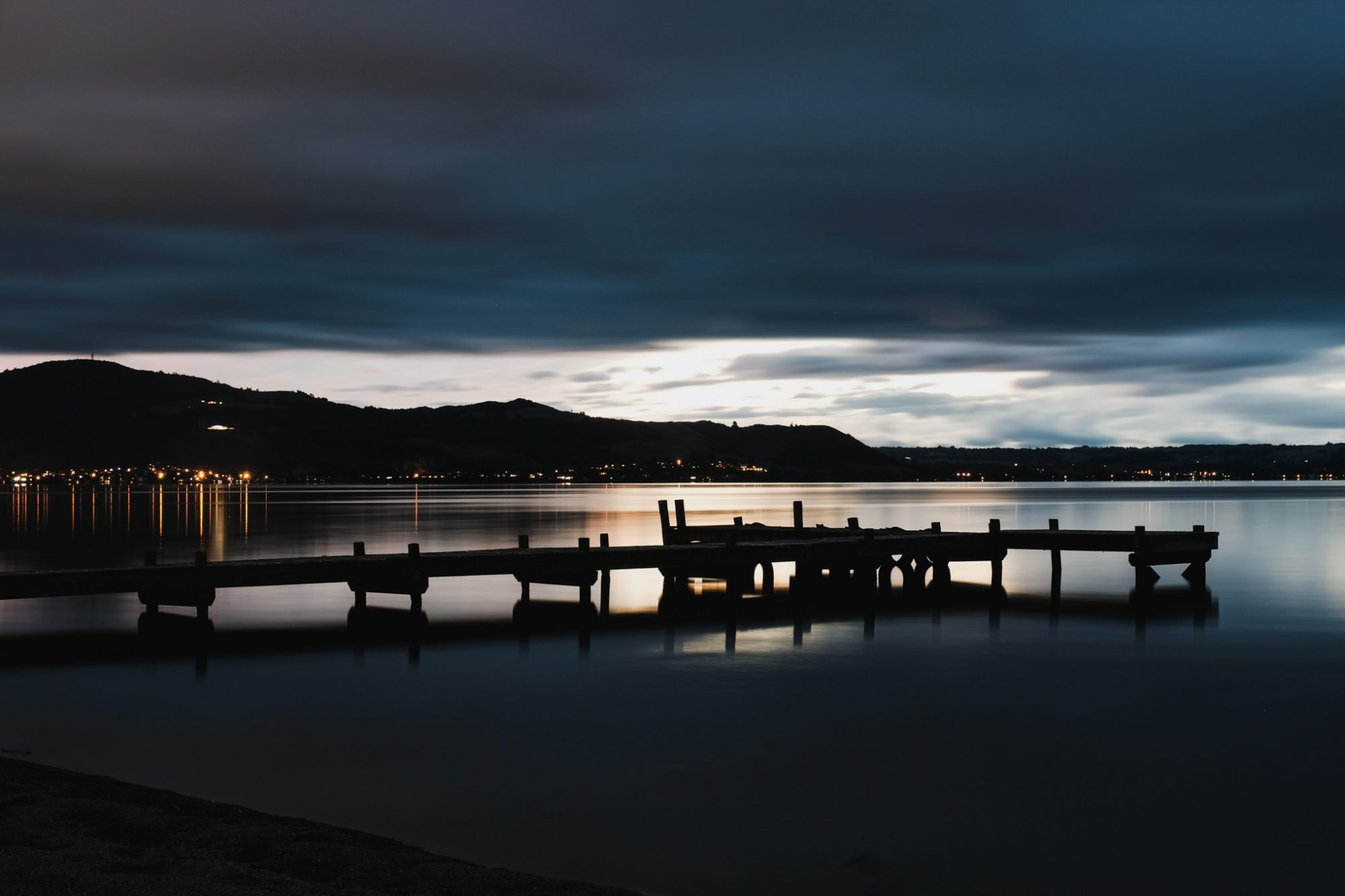 Cedarwood Lakeside Rotorua Accommodation